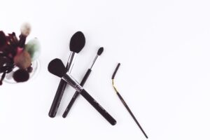 maakeup brushes