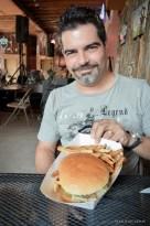LOVES burgers
