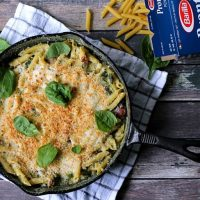 One pan Bacon Spinach Pesto Mac & Cheese