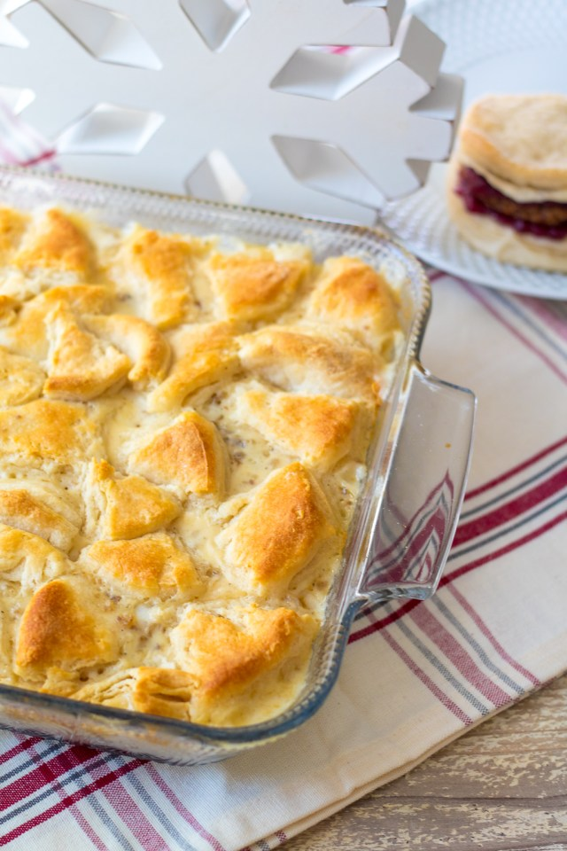 Sausage Gravy & Biscuit Casserole is an easy way to serve this classic breakfast dish! Bake it all together in one dish for a perfect breakfast!