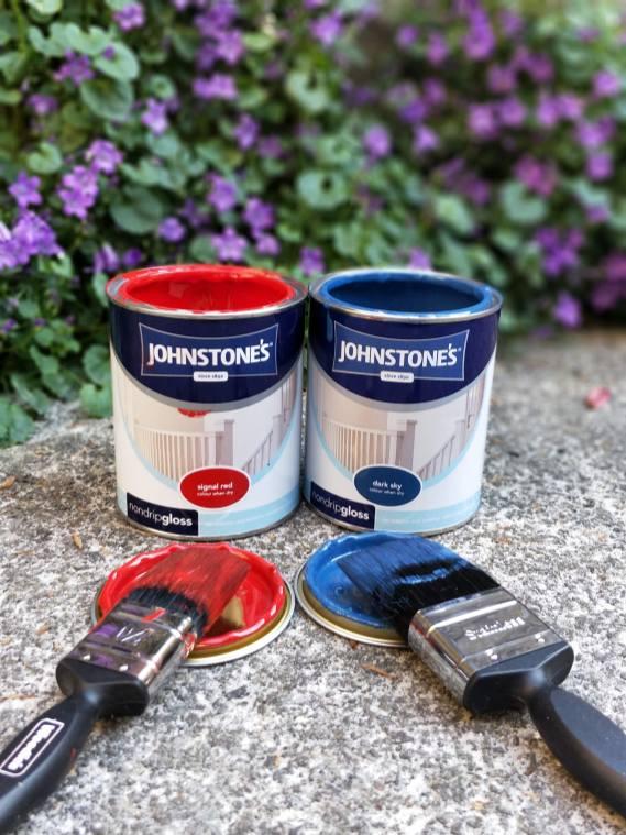 Johnstone's Paint