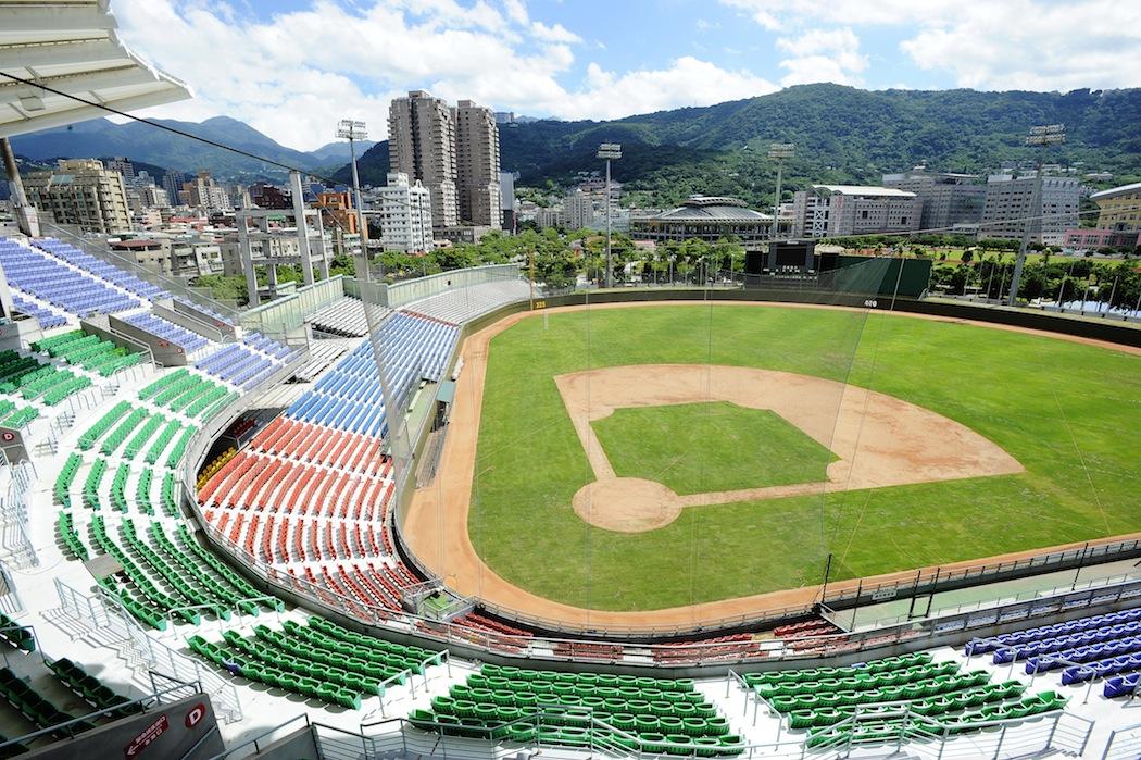 『臺北』探索天母棒球場的秘密空間 | 《生活稿什麼》