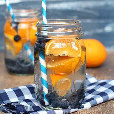 教你「自製一杯水」。幫助早晨快速排便。有助於減肥排毒!喝起來也是健康滿分 | LifeZ 生活誌