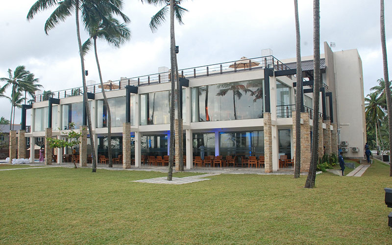 Family restaurants and resorts