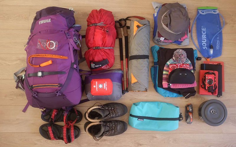 things to include in a backpack