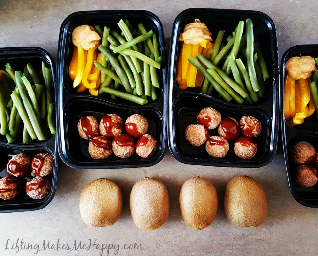 Work Lunch Meal Prep - via LiftingMakesMeHappy.com