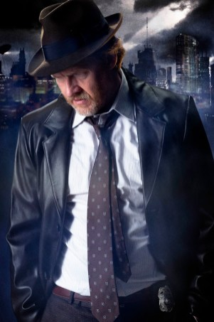 Harvey Bullock (Donal Logue)