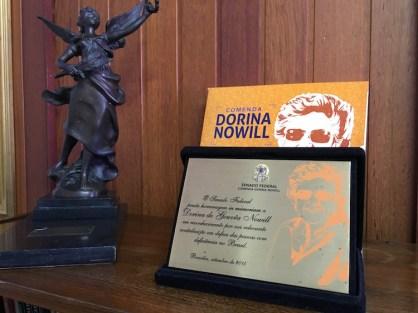 Comenda do Senado Federal a Dorina Nowill