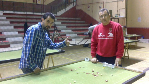Aitor Barbero y Rafa Vega líderes virtuales del grupo B de segunda