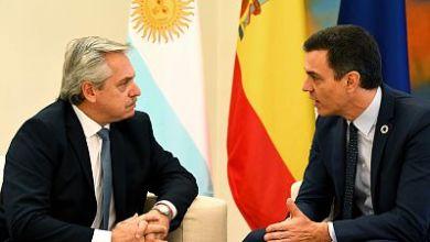 صورة الأرجنتين تمدد المهلة النهائية للتفاوض على الديون حتى أغسطس وتحسن العرض المقدم للدائنين