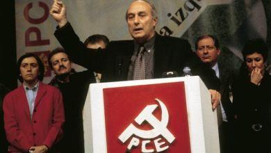 صورة وفاة الزعيم التاريخي للحزب الشيوعي الإسباني باكو فروتوس عن 80 عاما