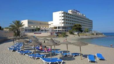 صورة تراجعت إشغال الإقامة في الفنادق الإسبانية بنسبة 73.4٪ في يوليو رغم انتهاء حالة الإنذار