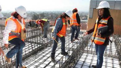 صورة لا يزال البناء هو القطاع الاقتصادي الذي لا يشمل النساء