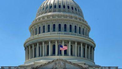 صورة الديمقراطيين والجمهوريين لا يتفقوا في الكونجرس الأمريكي على خطة إنقاذ جديدة للتأثيرات الاقتصادية لفيروس كورونا