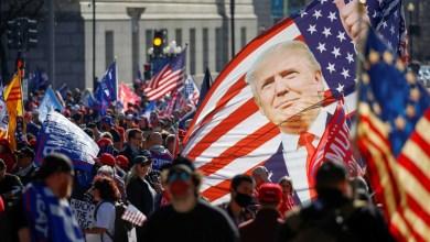 """صورة مليونية من أنصار ترامب نزلوا إلى الشوارع للمطالبة بـ """"أربع سنوات أخرى"""" وطبول المفاجأت تدق"""