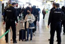 """صورة مافيا تعطي الأوامر وبروكسل تطلب من إسبانيا """"الاتساق"""" في قيود السفر التي تطبقها داخل حدودها وخارجها"""