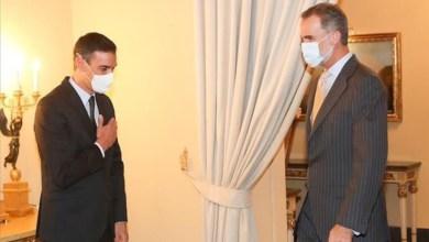 صورة الملك فيليبي السادس والرئيس سيسافرون الي الحكومة الكتالونية في منتصف المفاوضات وأعمال الشغب