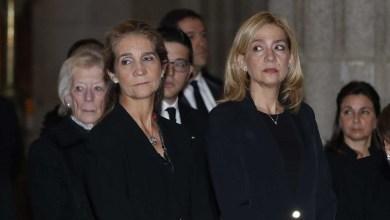صورة مافيا كورونا اثارة إذعاج للاميرتين إيلينا وكريستينا أولاد الملك الفخري بسبب تطعيمهما ضد كوفيد في طيران الإمارات