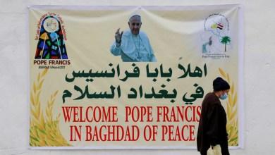 صورة قداسة بابا الفاتيكان فرنسيس أخيرا يزور العراق المعاقب من مافيا كورونا والعنف من قبل الميليشيات والجهاديين