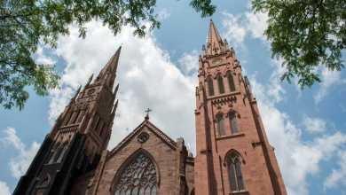 صورة أبرشية الكنيسة الكاثوليكية في ألباني بنيويورك أخفت الاعتداء الجنسي على القصر لعقود