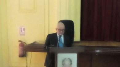 صورة سفير إيطاليا بالقاهرة يقدم كتابين عن السفارة الإيطالية فى مصر ومعبد فيله