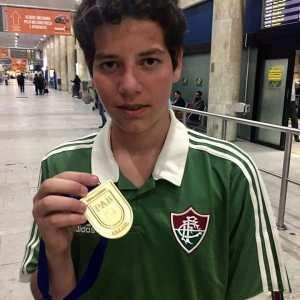 Revelado nos campeonatos da PAB, Pedro Augusto é destaque em Portugal