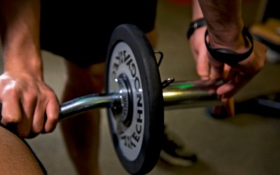 A súlyzós edzés előnyei