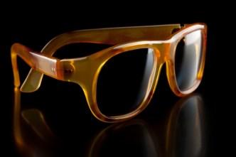 001-lunette-coquee-en-ecaille-extra-blonde-modele-Mr-St-laurent_Z3I3666-maison-bonnet-700