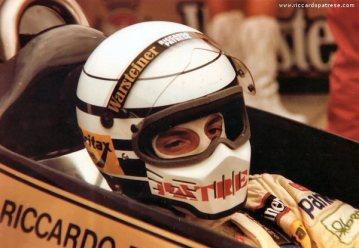 27 - Riccardo Patrese - Simpson Bandit