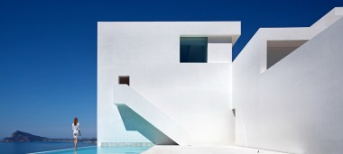 House on the Cliff - Fran Silvestre Arquitectos (1)
