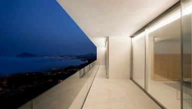 House on the Cliff - Fran Silvestre Arquitectos (28)