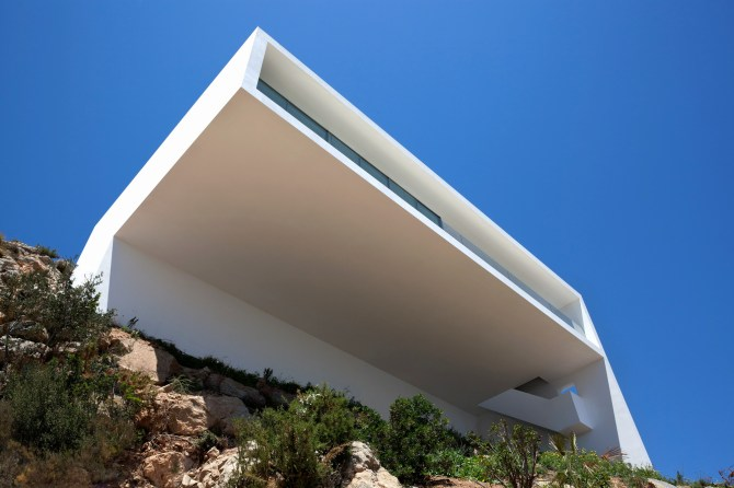 House on the Cliff - Fran Silvestre Arquitectos (4)