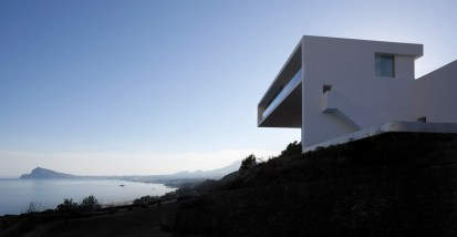 House on the Cliff - Fran Silvestre Arquitectos (6)