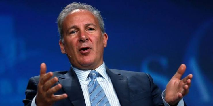 Peter Schiff accuses Grayscale of Manipulating Bitcoin Market.