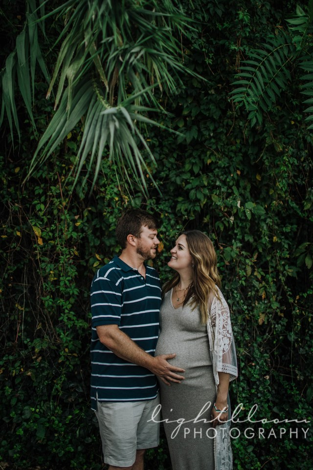 Downtown Wilmington maternity photography