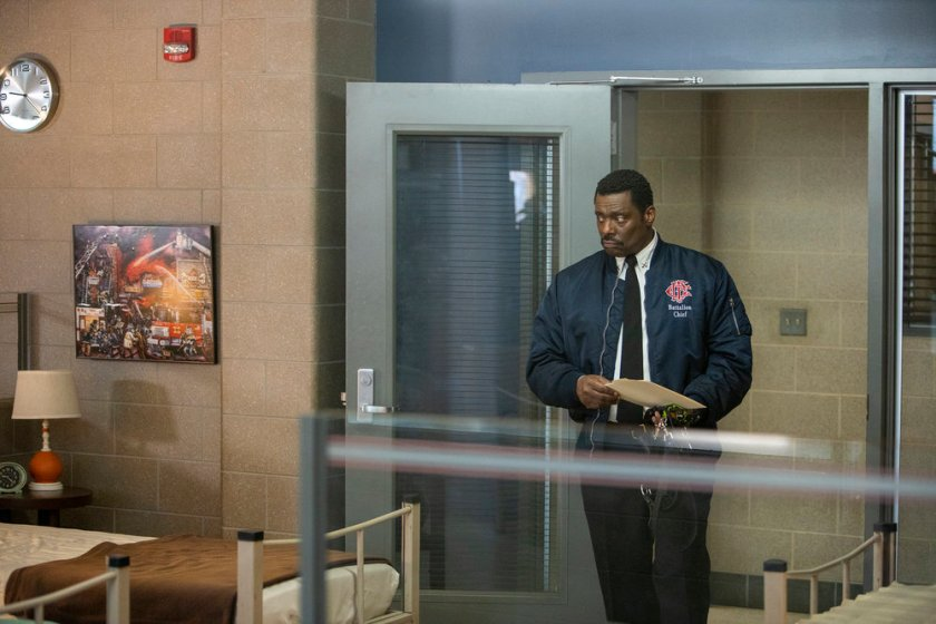 """CHICAGO FIRE -- """"Double Red"""" Episode 909 -- Pictured: Eamonn Walker as Wallace Boden -- (Photo by: Adrian S. Burrows Sr./NBC)"""