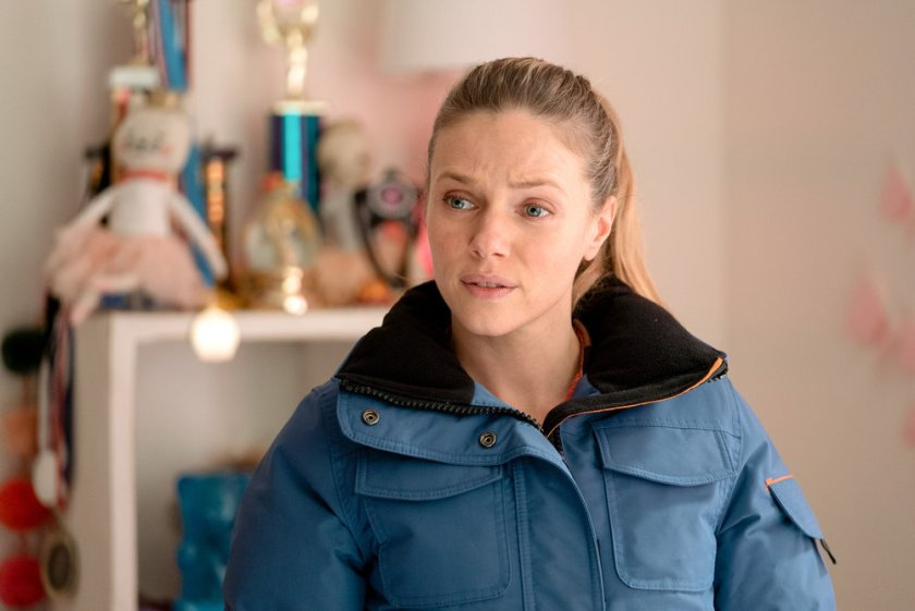 """CHICAGO P.D. -- """"Signs Of Violence"""" Episode 811 -- Pictured: Tracy Spiridakos as Hailey Upton -- (Photo by: Lori Allen/NBC)"""