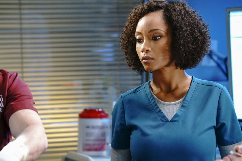"""CHICAGO MED -- """"What A Tangle Web We Weave"""" Episode 613 -- Pictured: Yaya DaCosta as April Sexton -- (Photo by: Elizabeth Sisson/NBC)"""