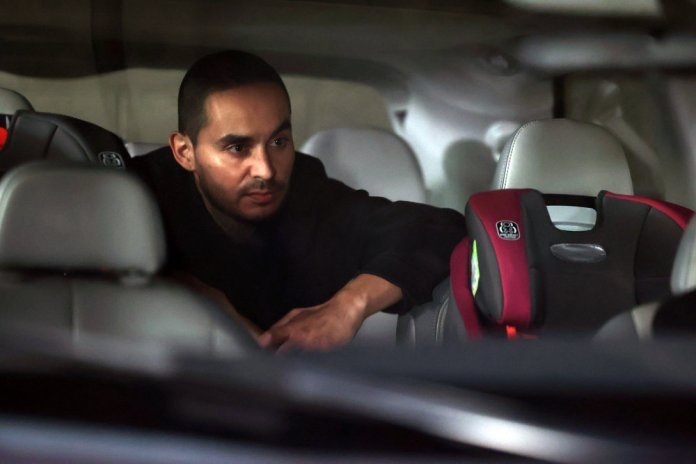 """GOOD GIRLS -- """"Put It All On Two"""" Episode 411 -- Pictured: Manny Montana as Rio -- (Photo by: Jordin Althaus/NBC)"""
