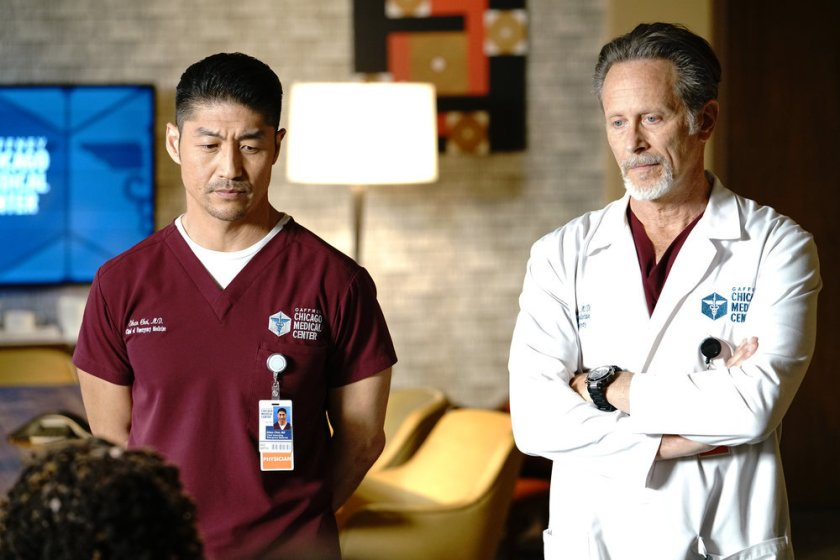 """CHICAGO MED -- """"Stories, Secrets, Half Truth and Lies"""" Episode 615 -- Pictured: (l-r) Brian Tee as Ethan Choi, Steven Weber as Dr. Dean Archer -- (Photo by: Elizabeth Sisson/NBC)"""