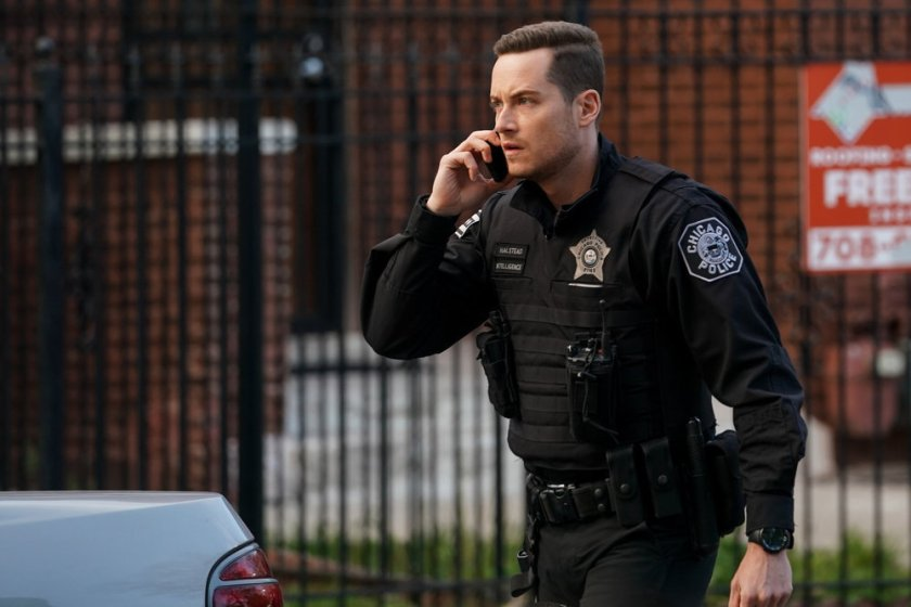 """CHICAGO P.D. -- """"The Other Side"""" Episode 816 -- Pictured: Jesse Lee Soffer as Jay Halstead -- (Photo by: Lori Allen/NBC)"""