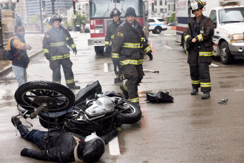 """CHICAGO FIRE -- """"No Survivors"""" Episode 916 -- Pictured: (l-r) Christian Stolte as Randall """"Mouch"""" McHolland, Alberto Rosende as Blake Gallo, Jesse Spencer as Matthew Casey, Miranda Rae Mayo as Stella Kidd -- (Photo by: Adrian S. Burrows Sr./NBC)"""