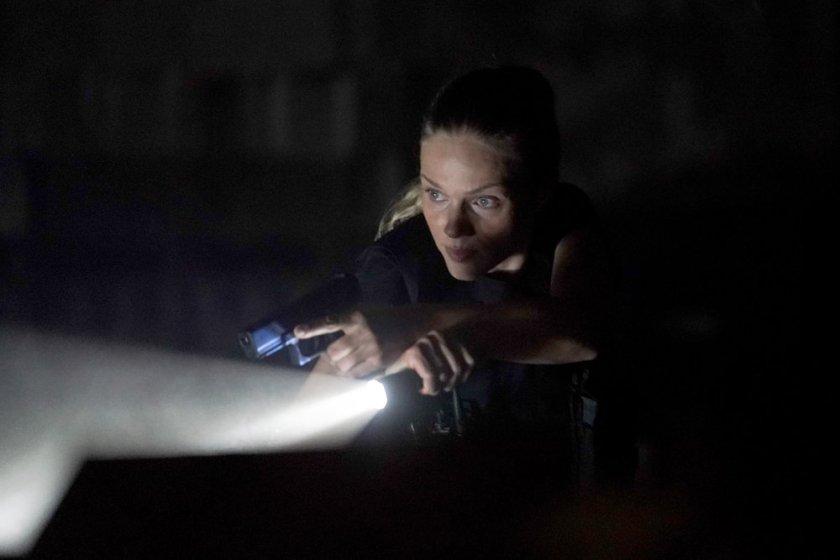 "CHICAGO P.D. -- ""Closure"" Episode 901 -- Pictured: (l-r) Tracy Spiridakos as Hailey -- (Photo by: Lori Allen/NBC)"