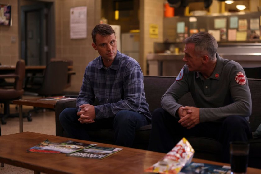 """CHICAGO FIRE -- """"The Right Thing"""" Episode 1004 -- Pictured: (l-r) Jesse Spencer as Matthew Casey, David Eigenberg as Christopher Herrmann -- (Photo by: Adrian S. Burrows Sr./NBC)"""