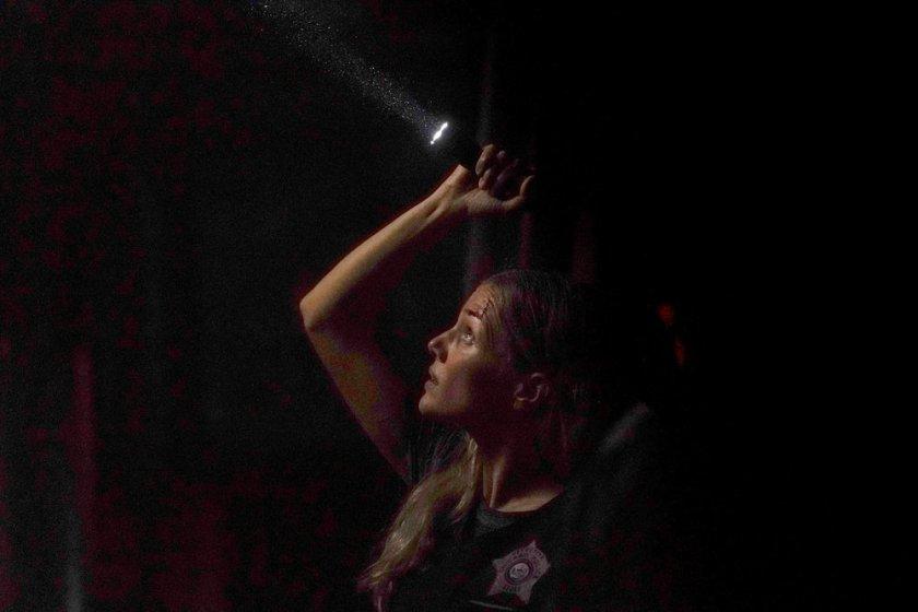 """CHICAGO P.D. -- """"In The Dark"""" Episode 904 -- Pictured: Tracy Spiridakos as Hailey -- (Photo by: Lori Allen/NBC)"""