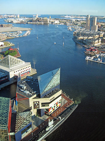 English: Baltimore Harbor as seen from World T...