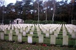 Mierlo War Cemetery