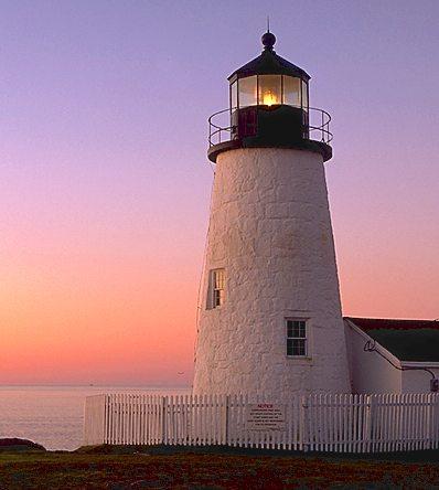 Lighthouse at Pemaquid Pt., ME <lighthousegetaway.com/lights/maine3.html>