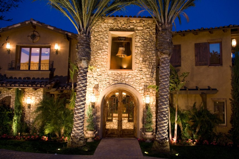 Landscape Lighting San Diego | Lighting Distinctions