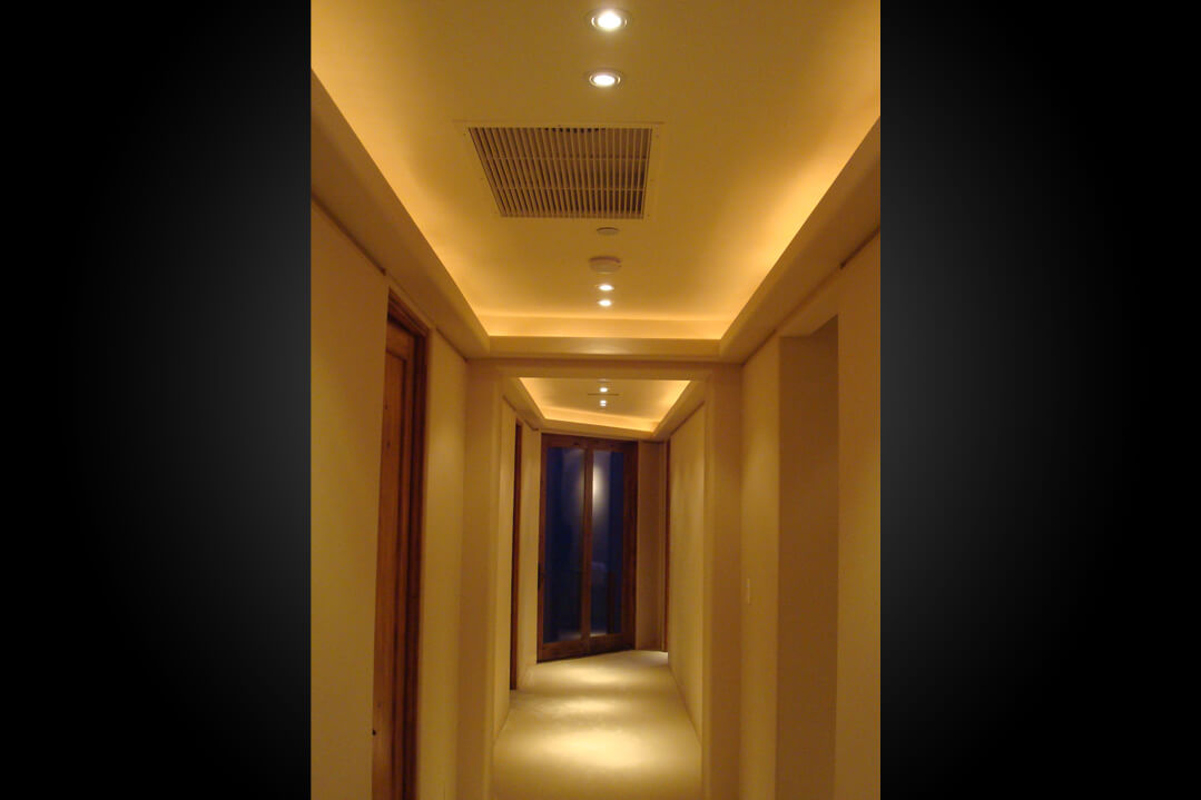 ... art deco beige to futuristic blue. Whatever the style of your personal environment we enhance it with perfect indirect lighting. & Cove Lighting - Indirect or Concealed Lighting | Lighting Distinctions